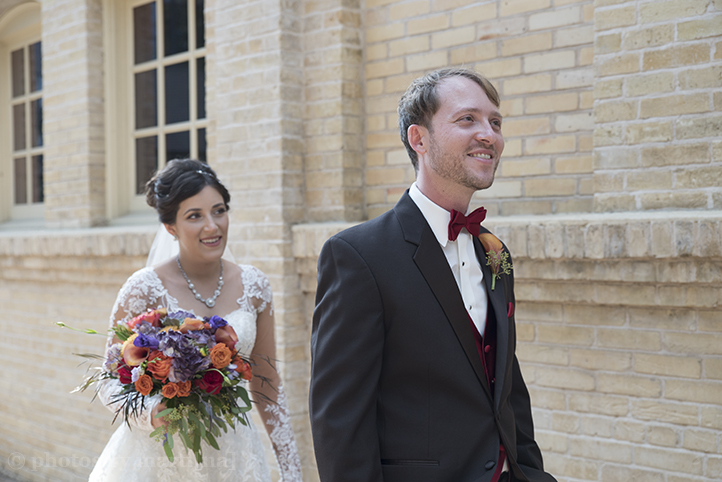 san-antonio-wedding-at-the-stables-photos-by-martina-2.jpg
