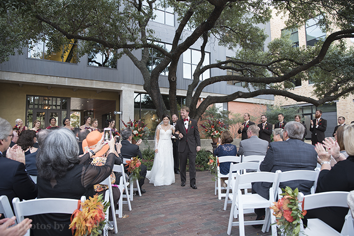 san-antonio-wedding-at-the-stables-photos-by-martina-16.jpg