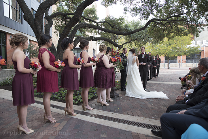 san-antonio-wedding-at-the-stables-photos-by-martina-13.jpg