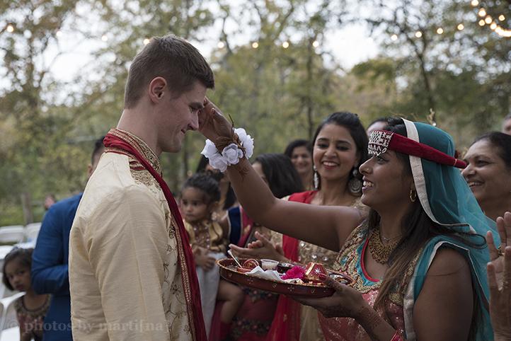 austin-wedding-photos-by-martina-creekside-18.jpg