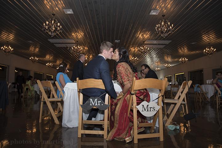 austin-wedding-photos-by-martina-creekside-28.jpg