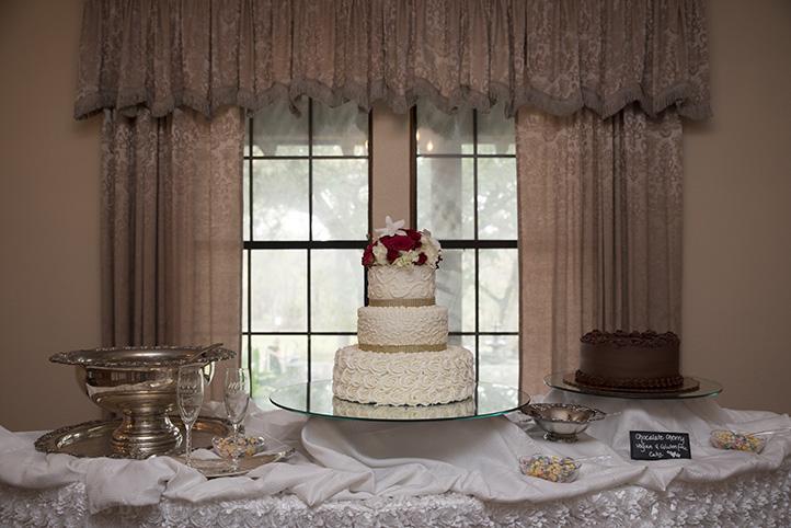 austin-wedding-photos-by-martina-chateau-on-the-creek-7.jpg