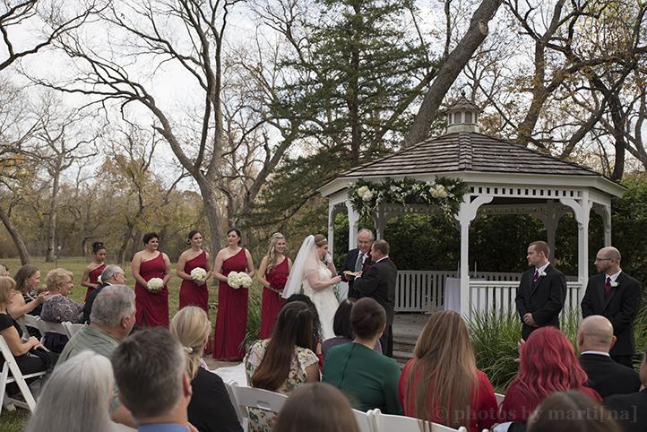 austin-wedding-photos-by-martina-chateau-on-the-creek-15.jpg