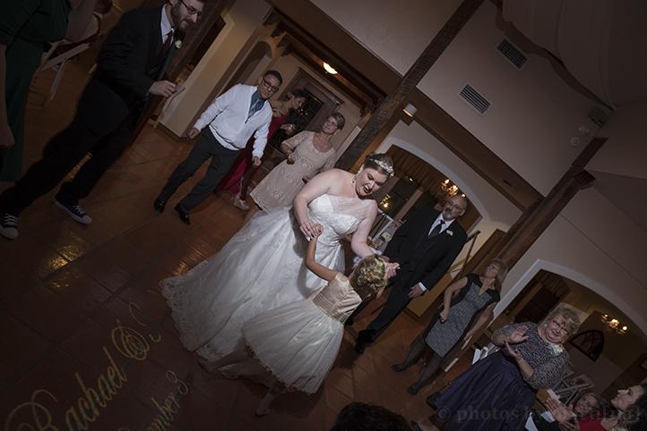 austin-wedding-photos-by-martina-chateau-on-the-creek-33.jpg