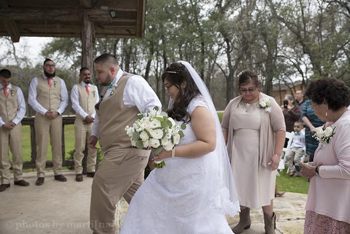 austin-wedding-photos-by-martina-texas-old-town-21.jpg