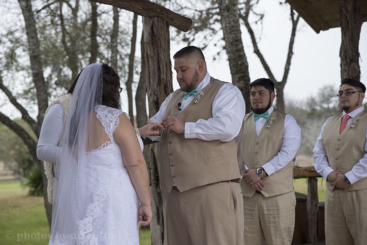 austin-wedding-photos-by-martina-texas-old-town-16.jpg