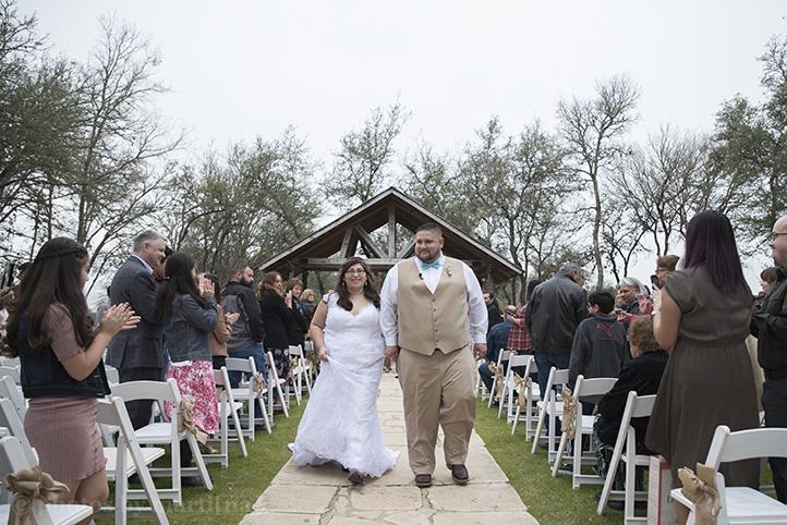austin-wedding-photos-by-martina-texas-old-town-19.jpg