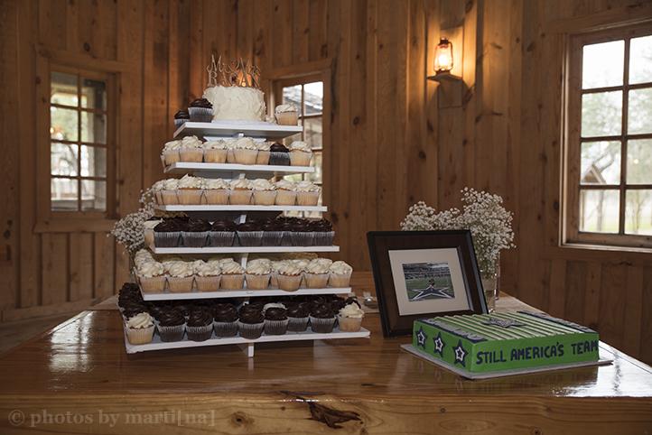 austin-wedding-photos-by-martina-texas-old-town-24.jpg
