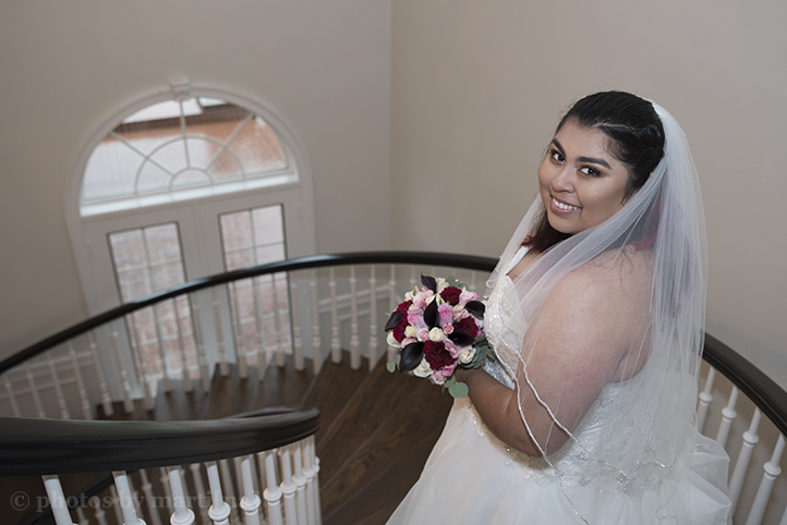 bastrop-wedding-photos-by-martina-mansion-at-colovista-14.jpg