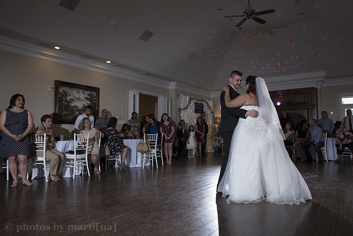 bastrop-wedding-photos-by-martina-mansion-at-colovista-25.jpg