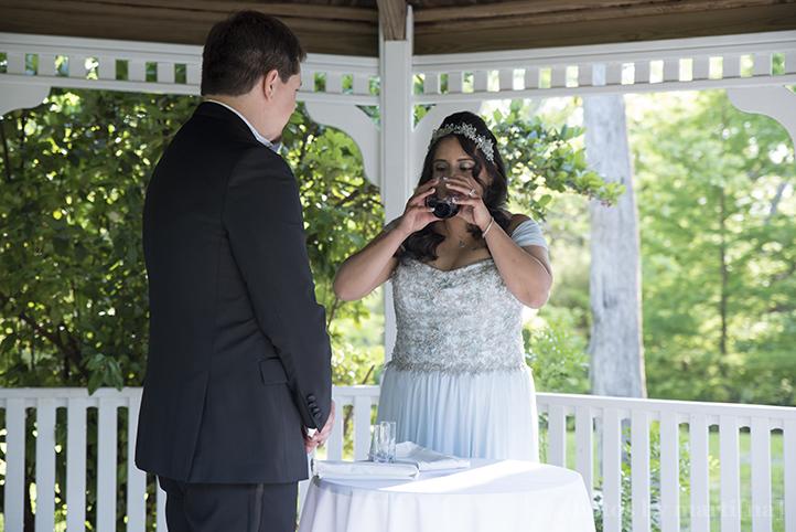 austin-awesome-wedding-photography-chateau-on-the-creek-16.jpg