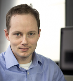 Dirk Englund   Adjunct Associate Research Scientist in the Department of Electrical Engineering   530 West 120th Street Columbia University MC: 8903 New York, NY 10027 tel: (212) 851-5958 Email:  englund@columbia.edu