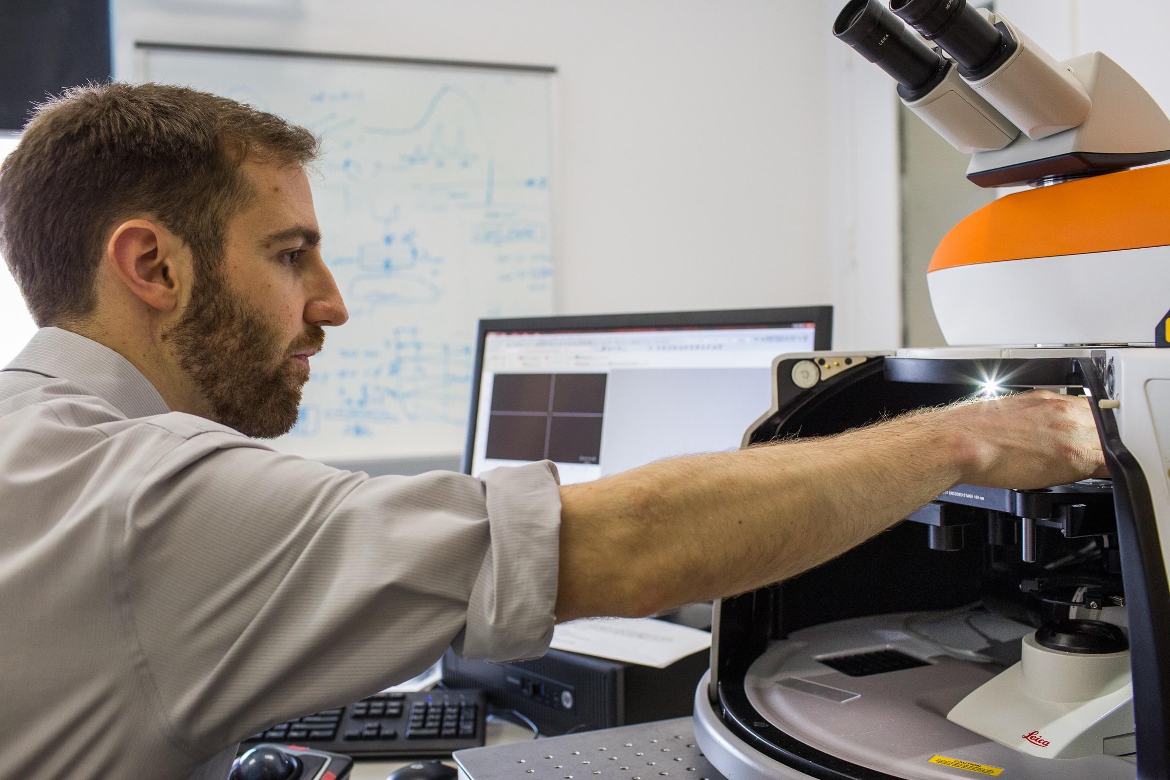 Raman_Spectroscopy_Dan.jpg