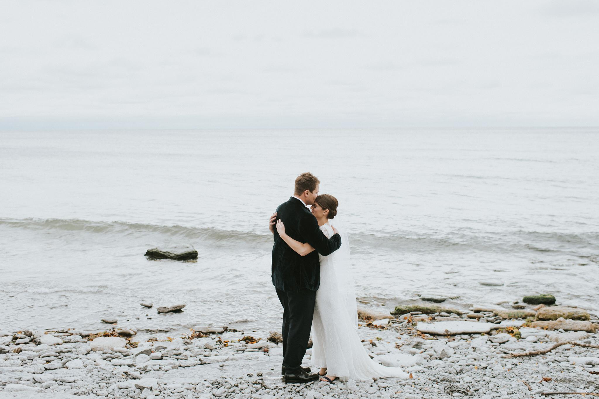 scarletoneillphotography_weddingphotography_prince edward county weddings036.JPG