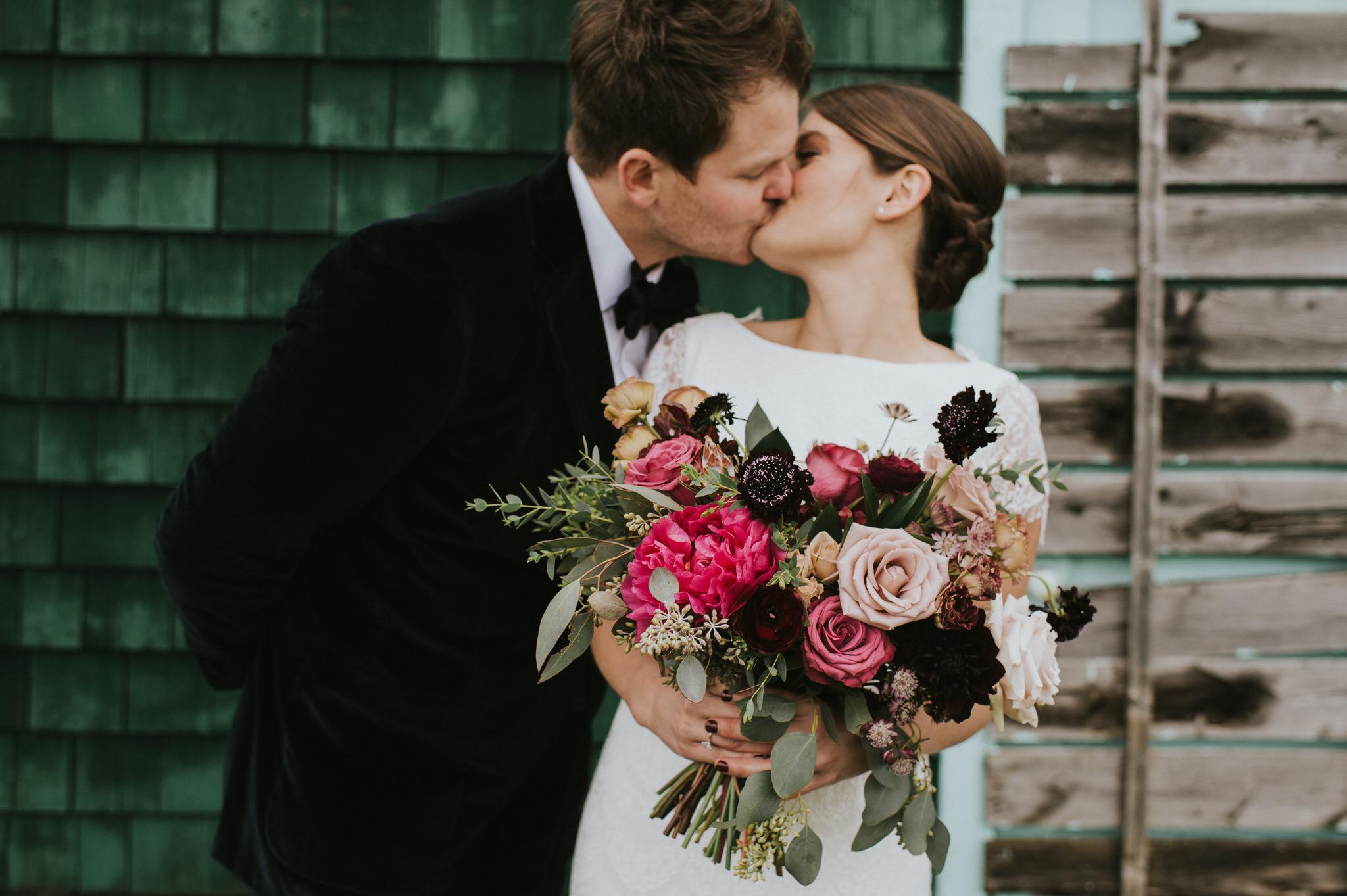 scarletoneillphotography_weddingphotography_prince edward county weddings065.JPG