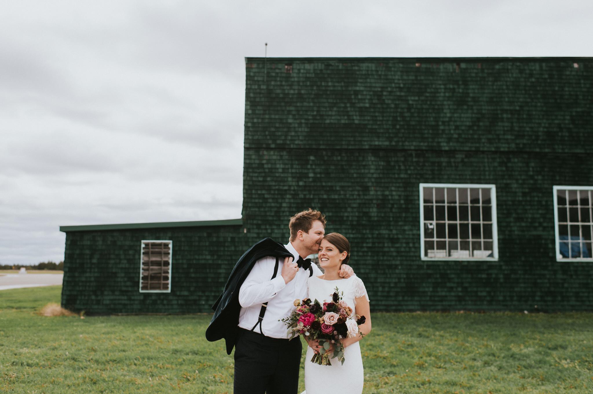 scarletoneillphotography_weddingphotography_prince edward county weddings068.JPG