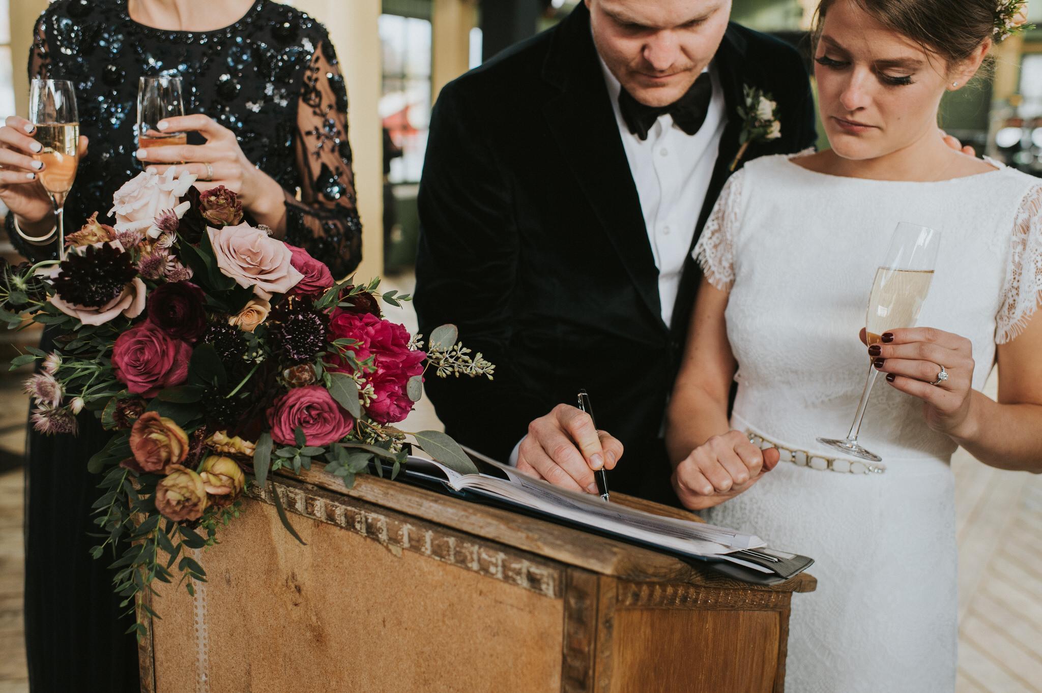 scarletoneillphotography_weddingphotography_prince edward county weddings127.JPG
