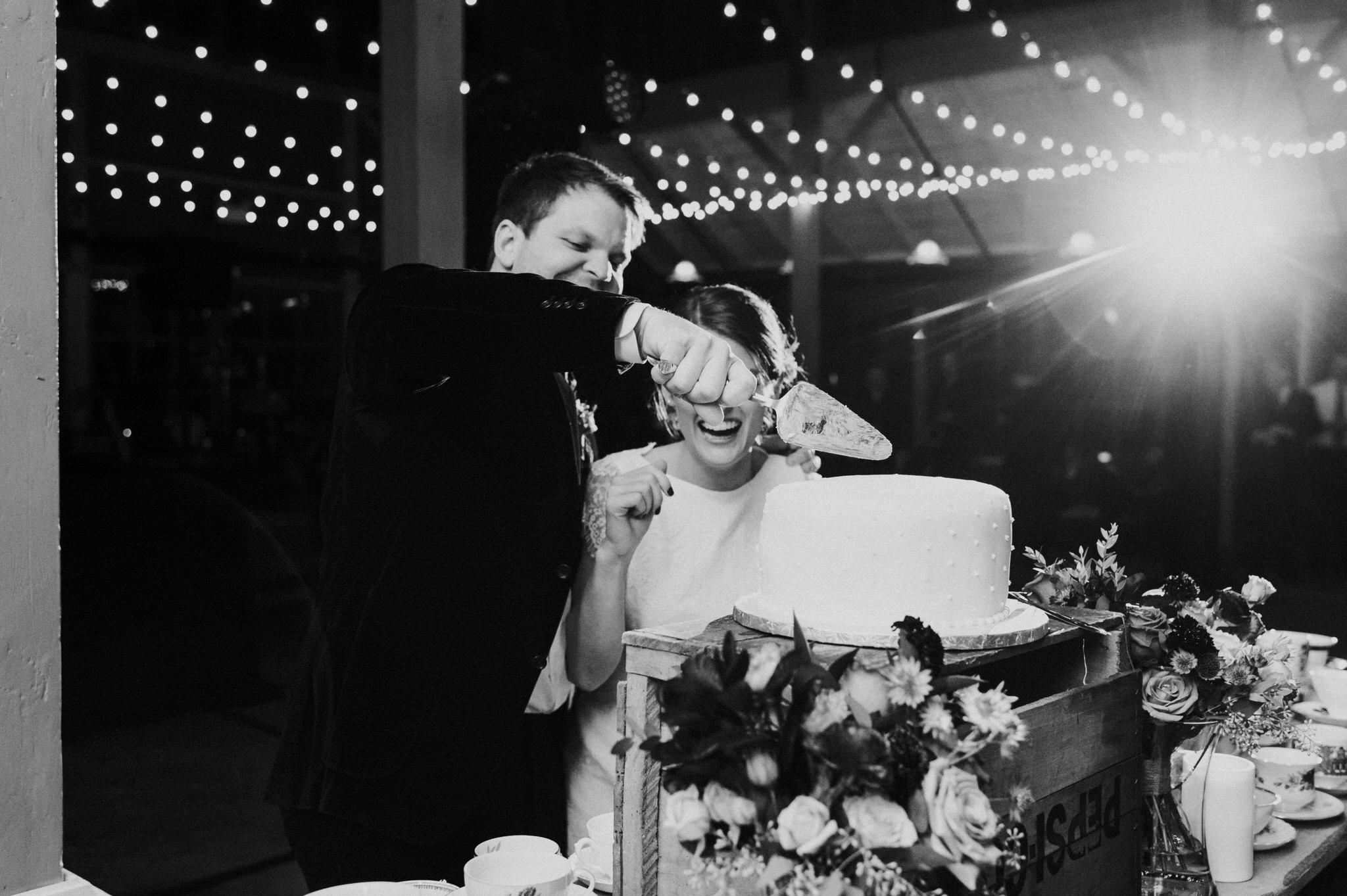 scarletoneillphotography_weddingphotography_prince edward county weddings165.JPG