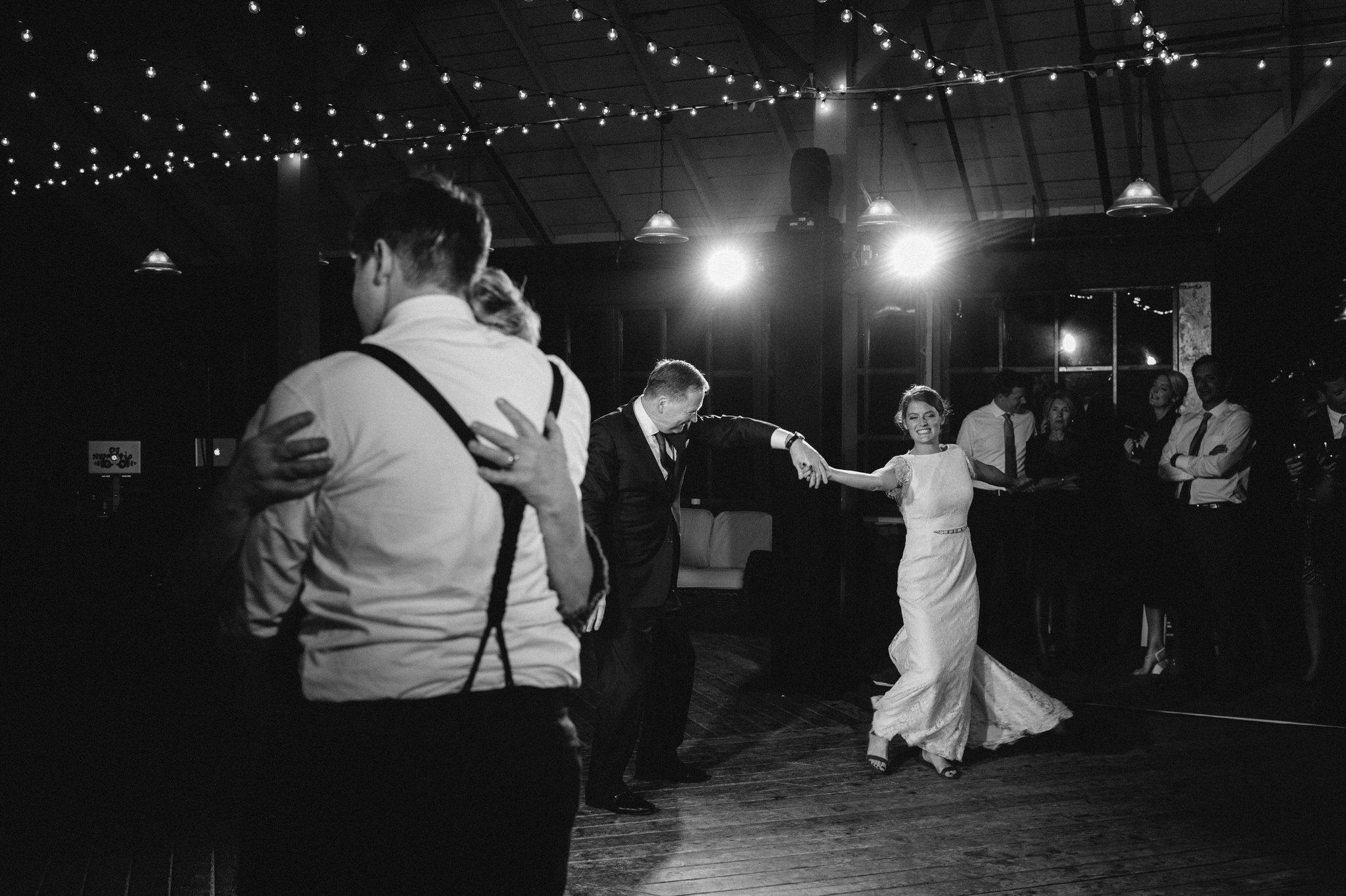 scarletoneillphotography_weddingphotography_prince edward county weddings178.JPG