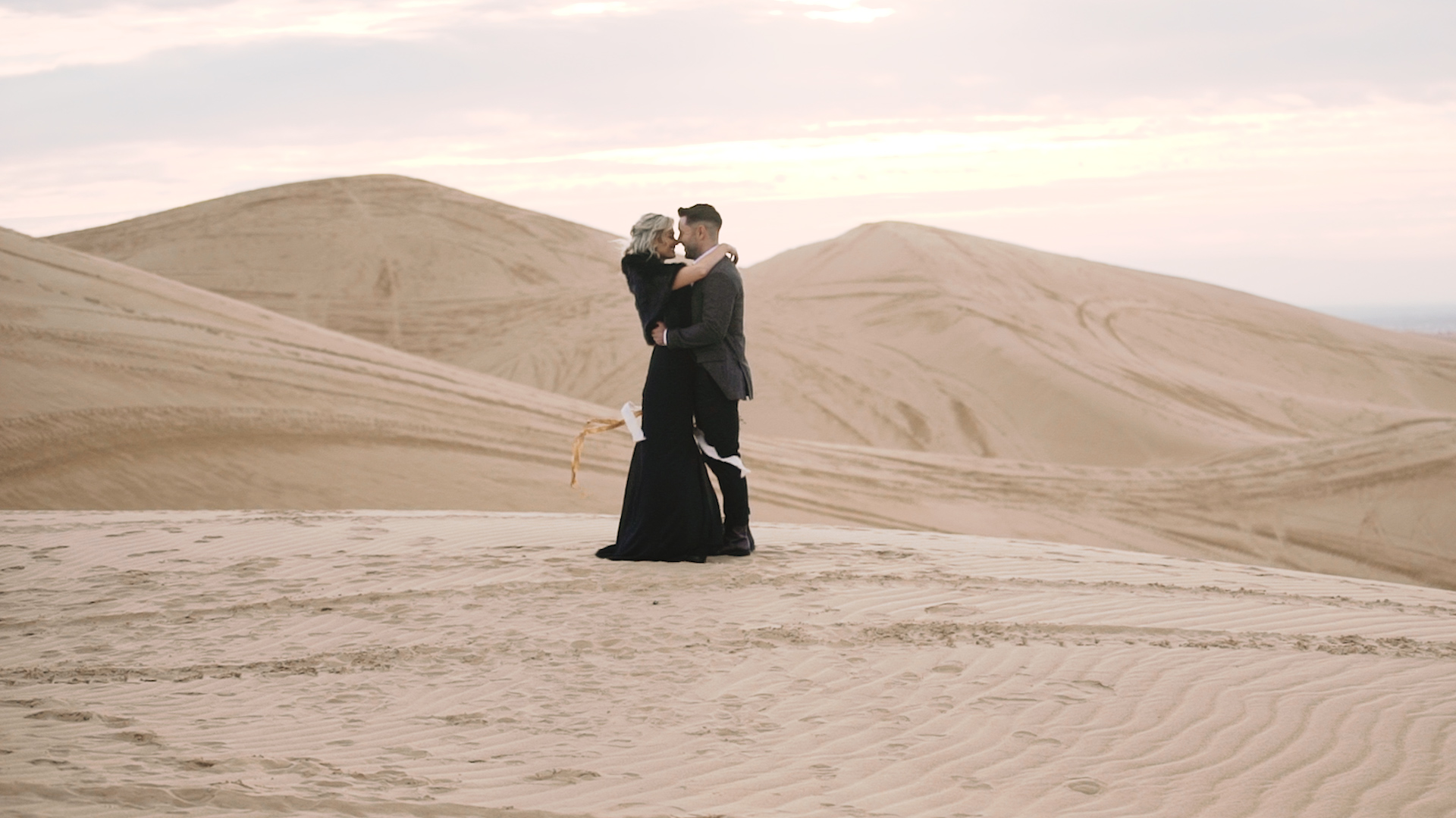 THE FAIRYTALE - Package Includes:- Full length movie (30 to 60 minutes)- Cinematic mini movie (up to 6 minutes)- 8 hours of wedding day coverage- 2 videographers- Online Delivery of edits