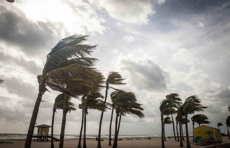 charity-scams-surrounding-hurricane-matthew[1].jpg