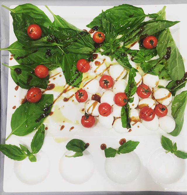 Mozzarella & Balsamic w/tomato at #standardmarket ! #mozzarella #isolaimports #balsamicofmodena
