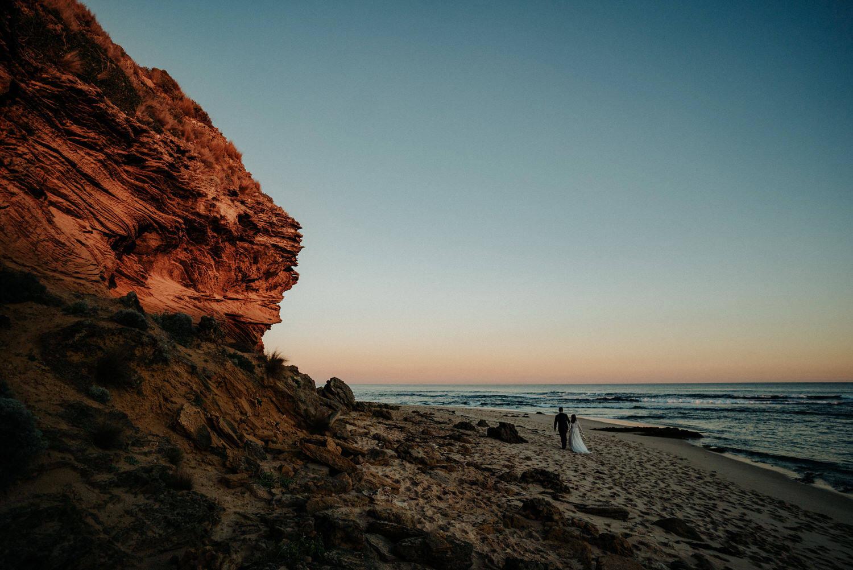 051-melbourne-wedding-bride-and-groom-andrew-hardy-sunset-sorrento.jpg
