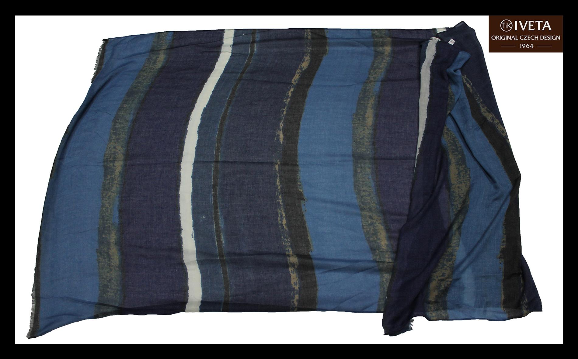 Blue-darkblue-scarf-all.jpg