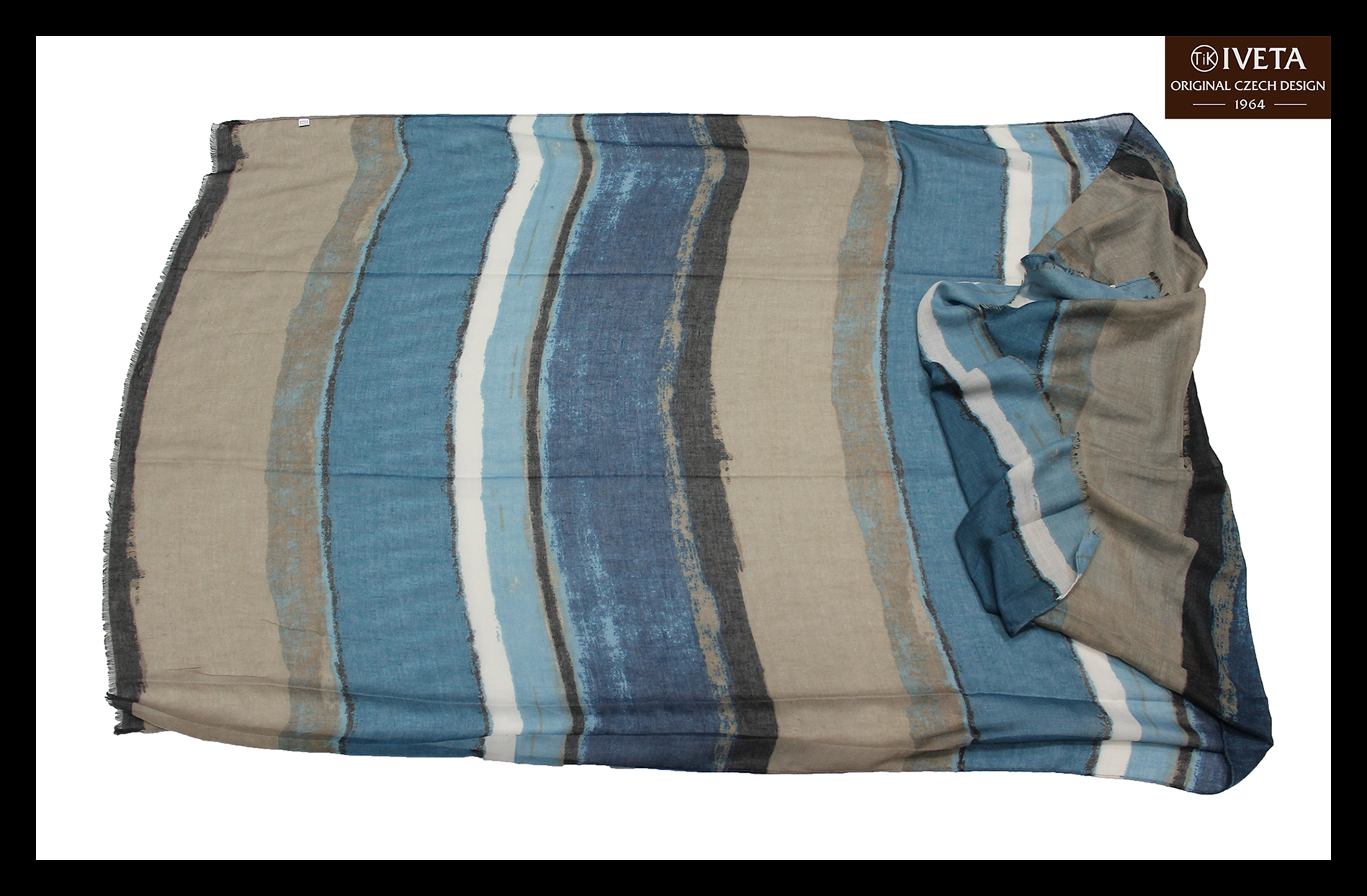 Blue-white-brown-scarf-all.jpg