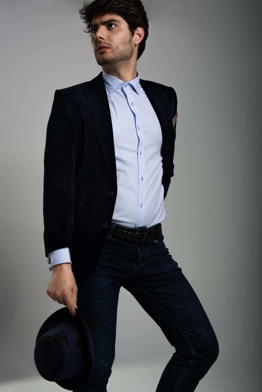 Men's blue double cuff shirt