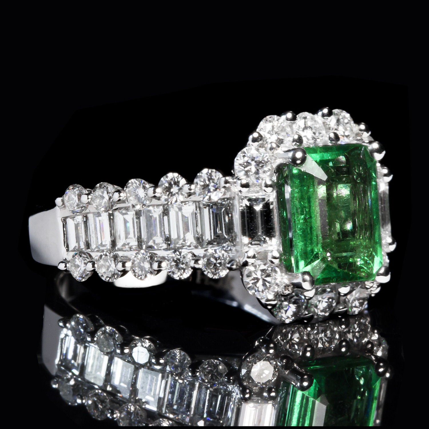 A lot of emerald jewellery is very traditionally styled.