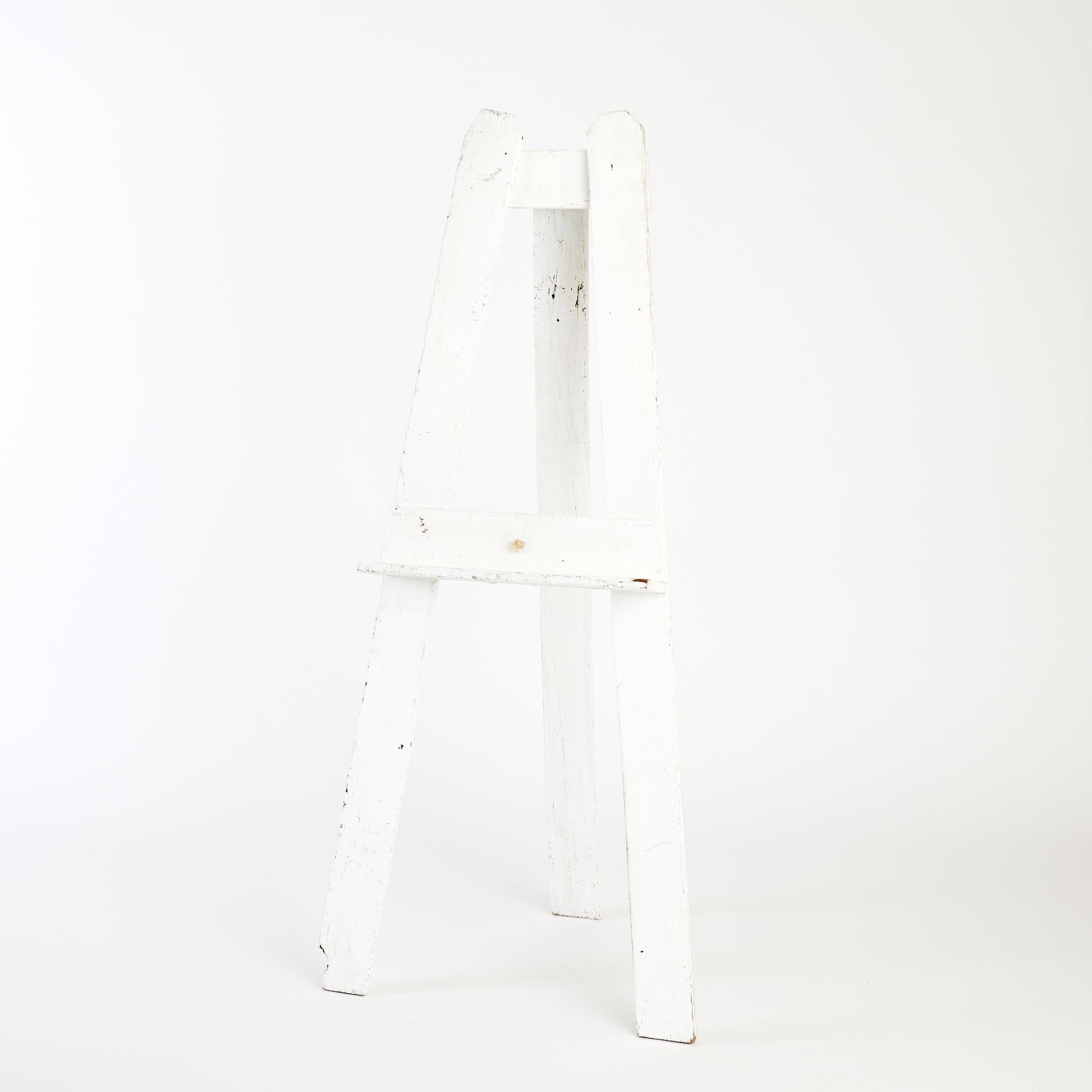 RECLAIMED TIMBER FLOOR STANDING EASEL - WHITE