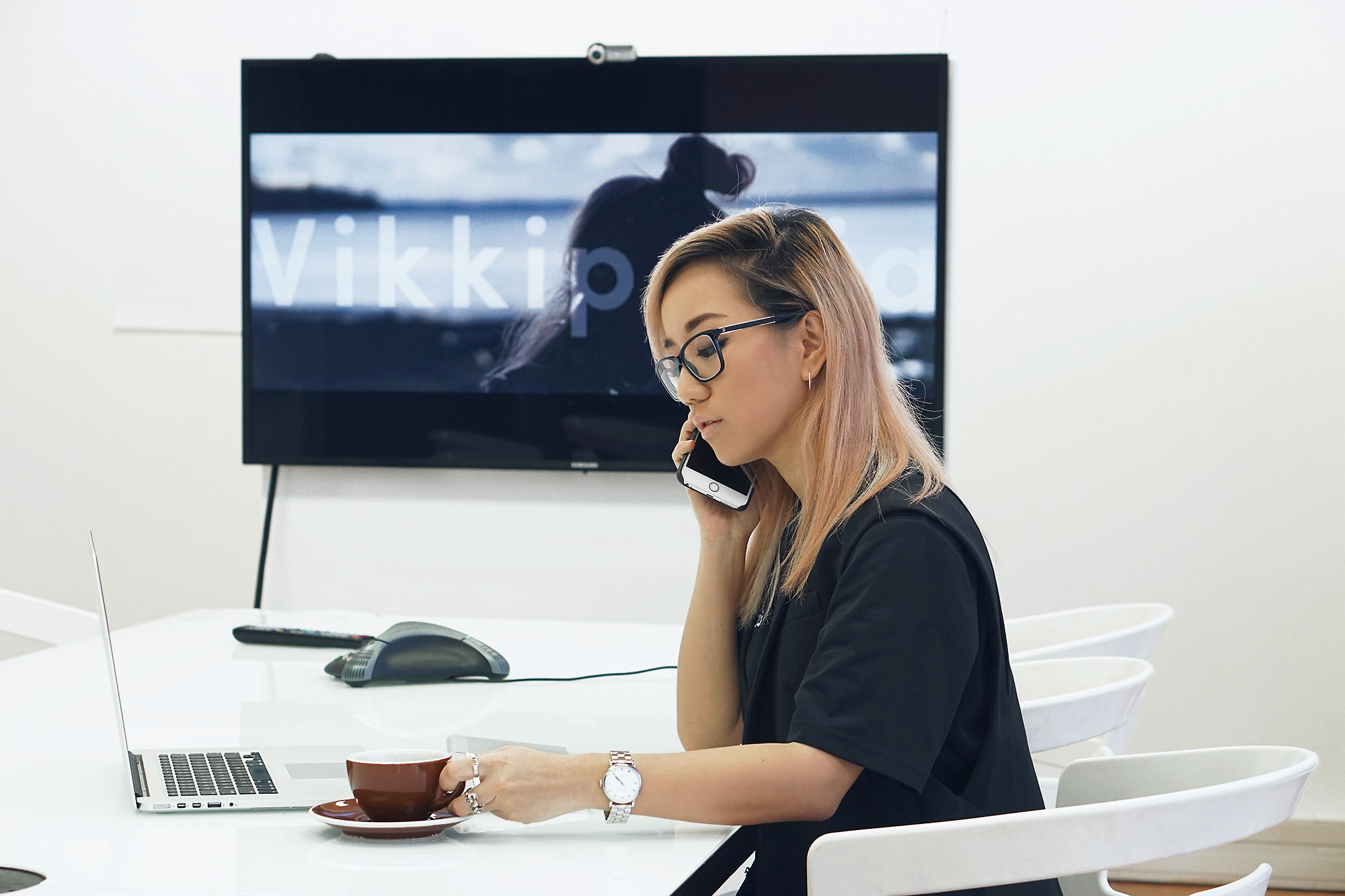 Multi-tasking done right: drinking nothing, talking to no one, looking at a blank screen 😂