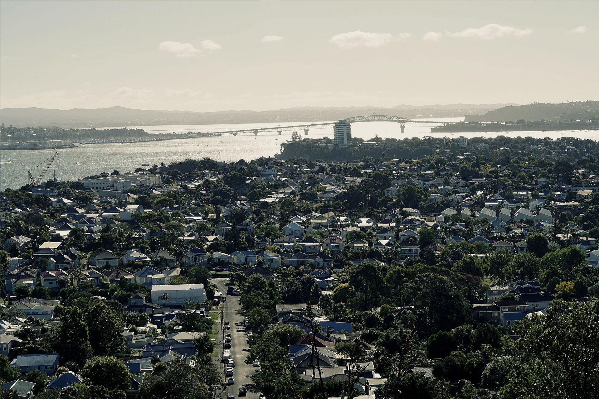 Vikkipedia-Staycation-Auckland-2-Blak-Frilly-Img15-3x2.jpg