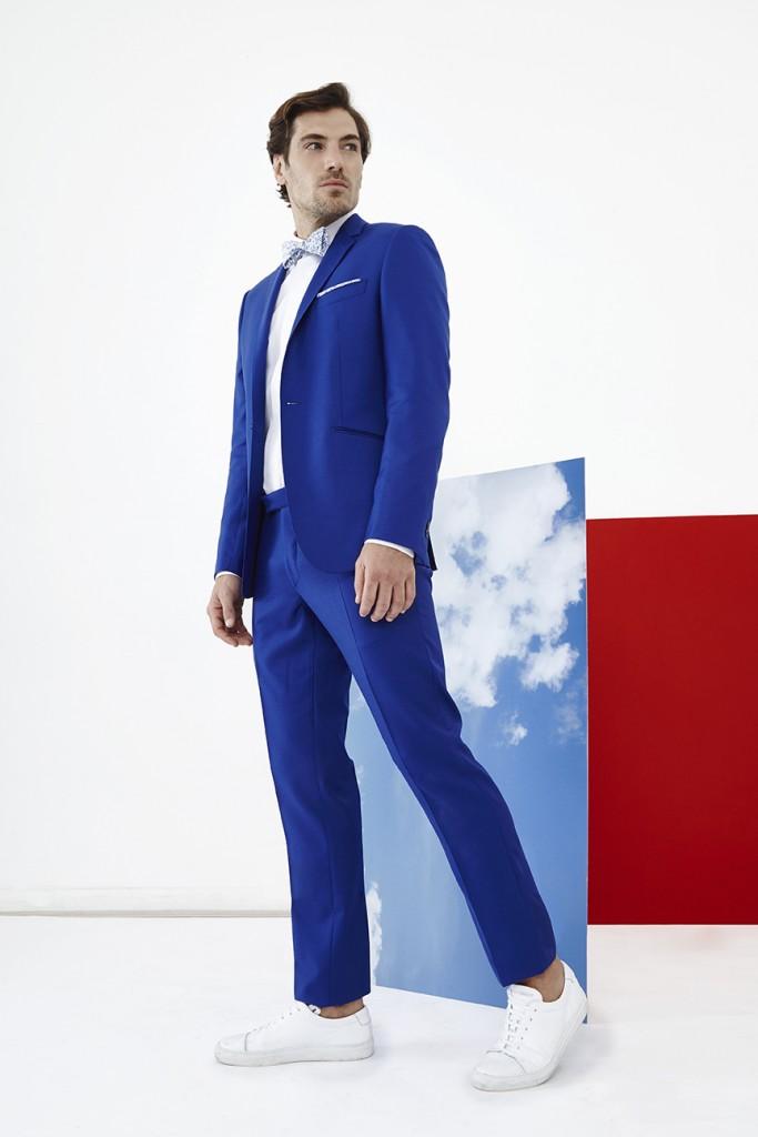 L'apiéceur  Costume sur-mesure YVES en serge de laine 120's bleu roi 830€ / chemise sur-mesure 120€