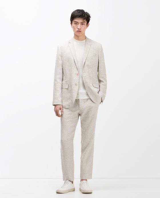 Zara  Blazer de costume en lin 69,95€, pantalon 39,95€