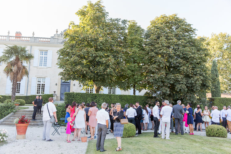 blog-mariage-parisian-inspiredFannyTiaraPhotographie-Mariage-Provence-ChateauBeauchene-Lauredesagazan-ParisianInspired-40.jpg