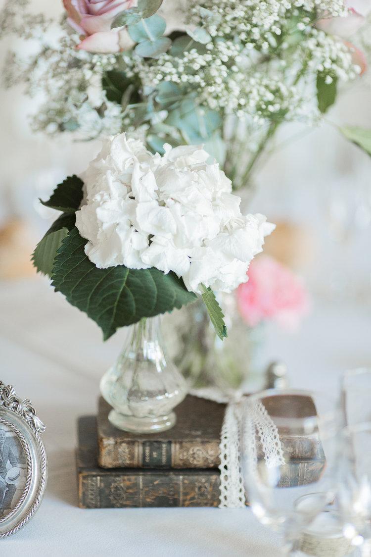 blog-mariage-parisian-inspiredFannyTiaraPhotographie-Mariage-Provence-ChateauBeauchene-Lauredesagazan-ParisianInspired-50.jpg