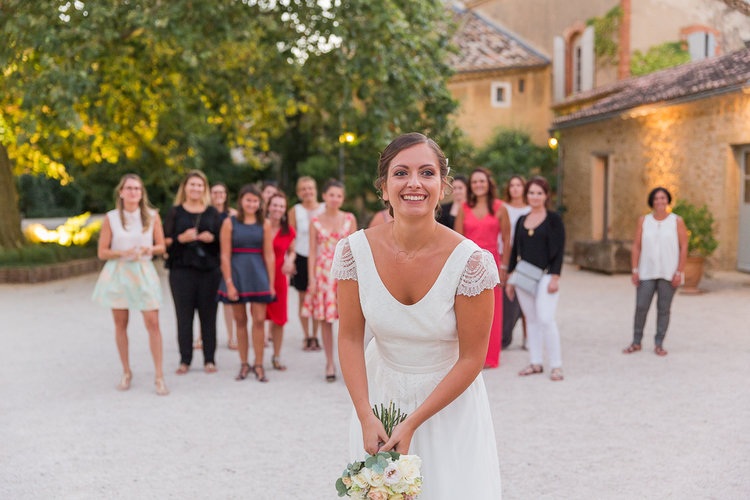 blog-mariage-parisian-inspiredFannyTiaraPhotographie-Mariage-Provence-ChateauBeauchene-Lauredesagazan-ParisianInspired-73.jpg