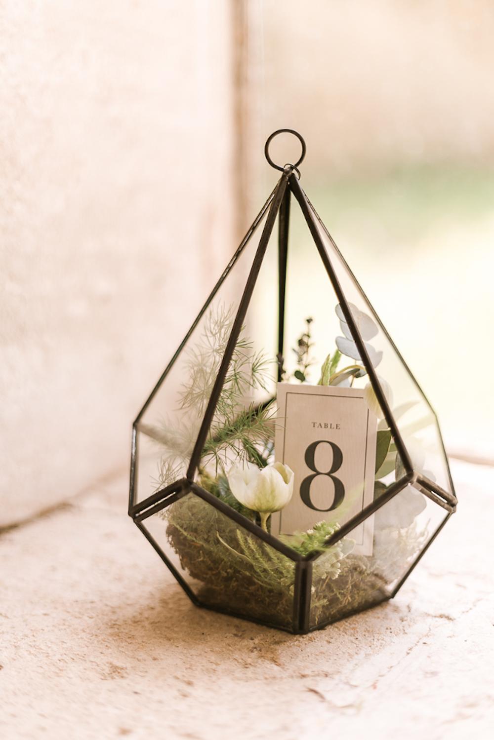 parisian-inspired-blog-mariage-shooting-inspiration-vegetal-abbaye-trois-fontaines-marne-cg-photographie-15.jpg