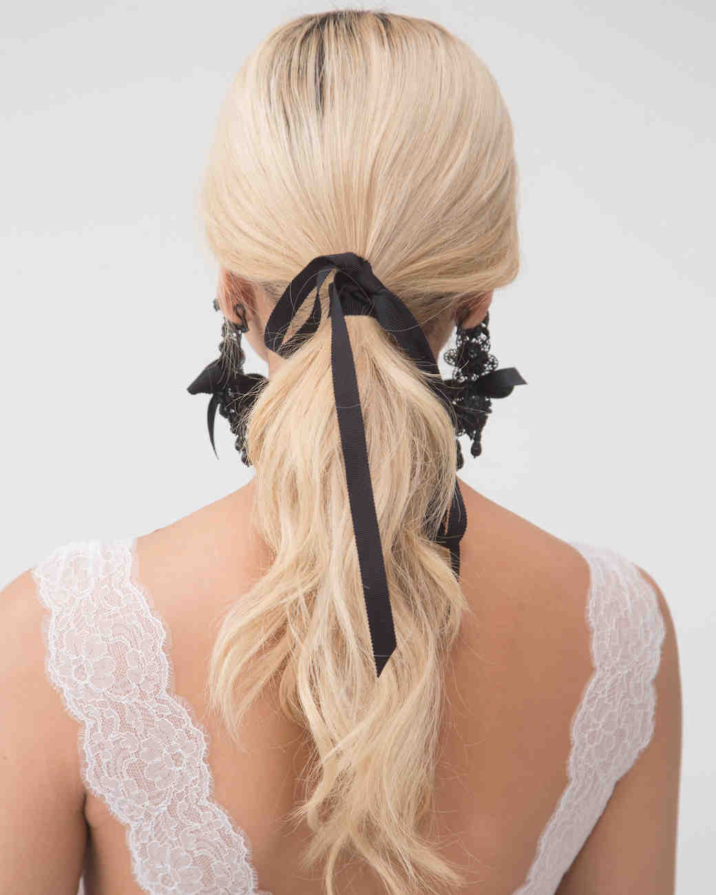 parisian-inspired-blog-mariage-coiffure-tendance-2018marchesa-couture-spring-2018-bfw-hairstyle-0417_vert.jpg