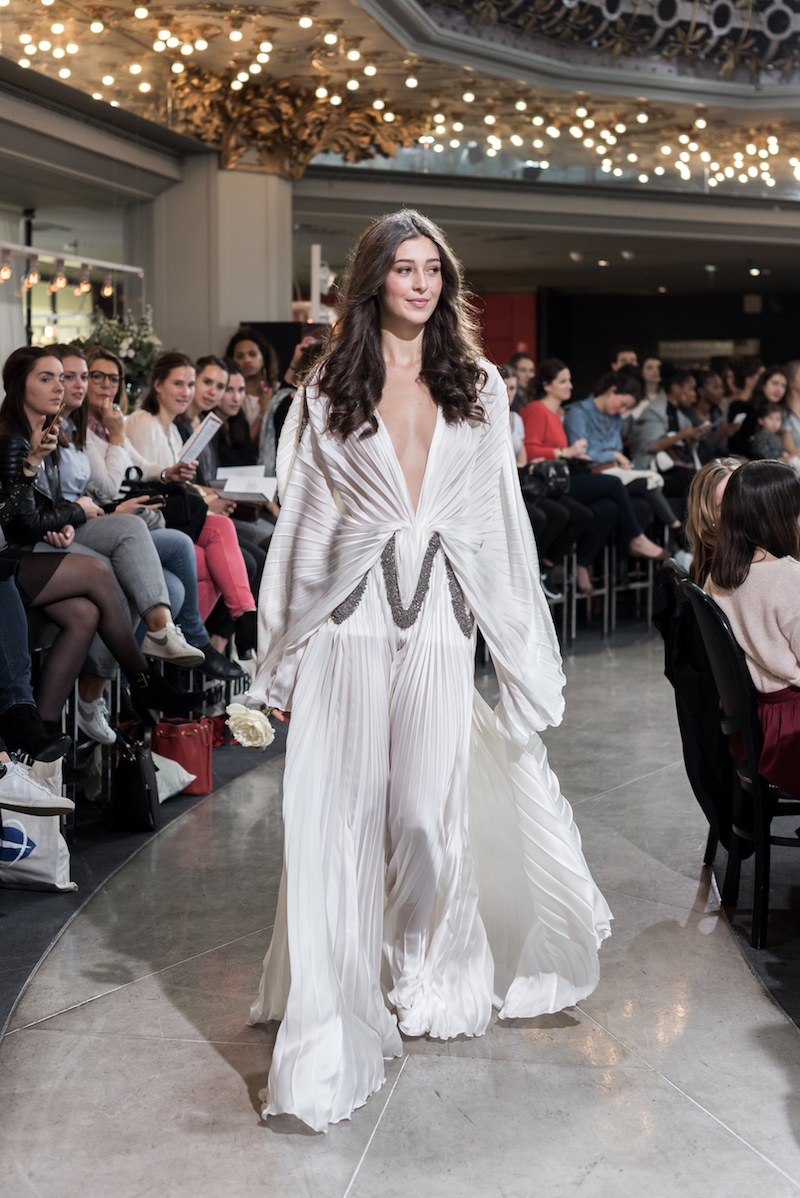 Look 44 - Robe Isabel Zapardiez 7 840€ Chez Maria Luisa Mariage au Printemps.jpg