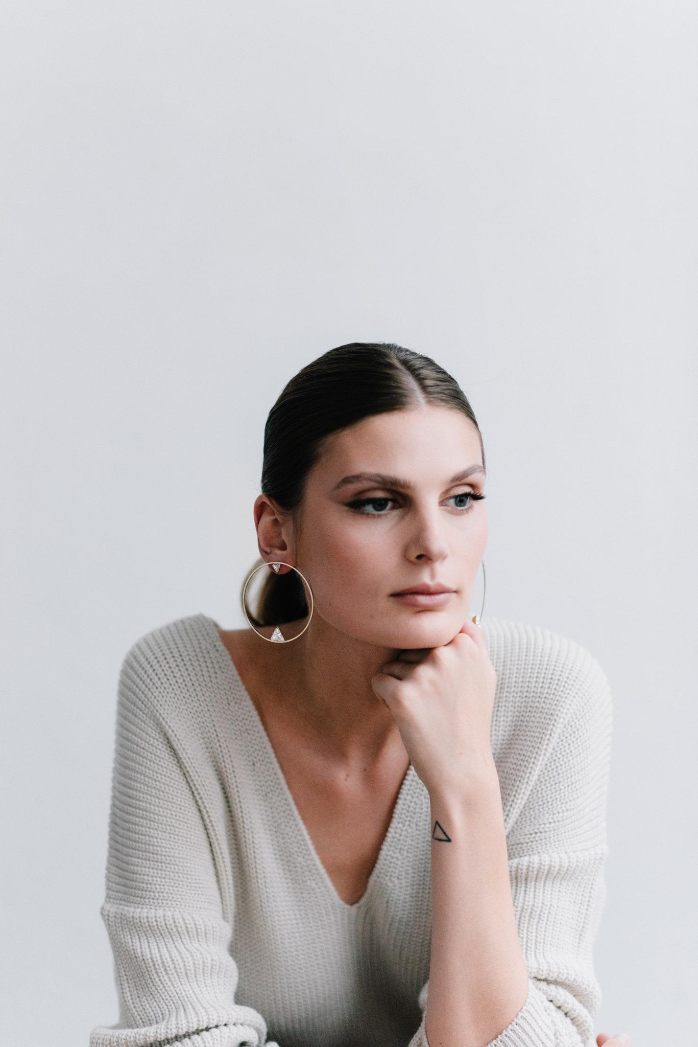 parisian-inspired-blog-mariagemaisonsabben-accessoires-mariee-boucles-oreilles-axe-5.jpg