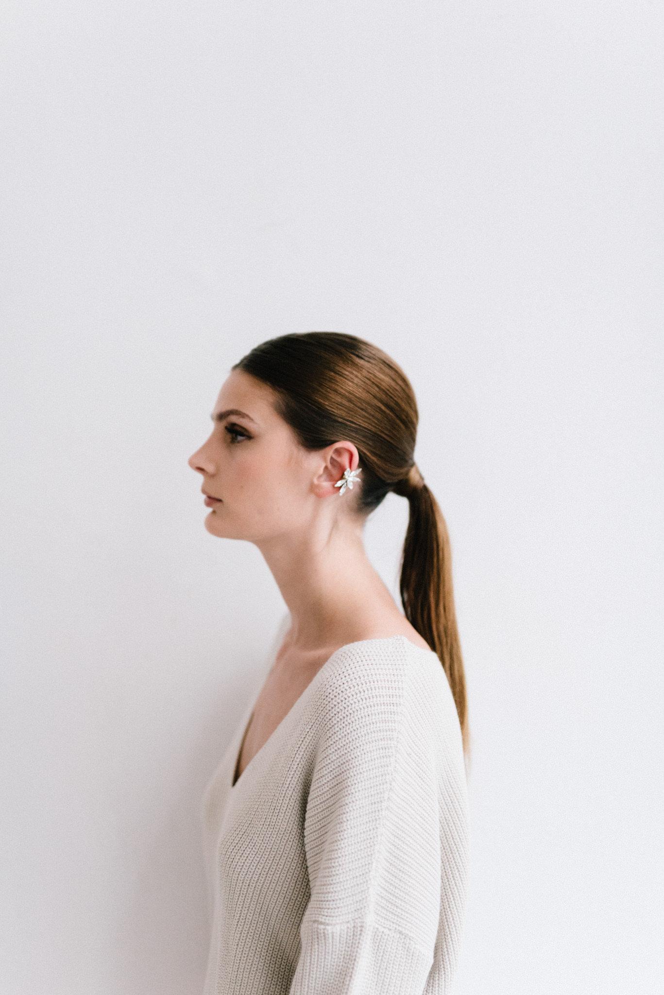 parisian-inspired-blog-mariagemaisonsabben-accessoires-mariee-earcuff-horizon.jpg