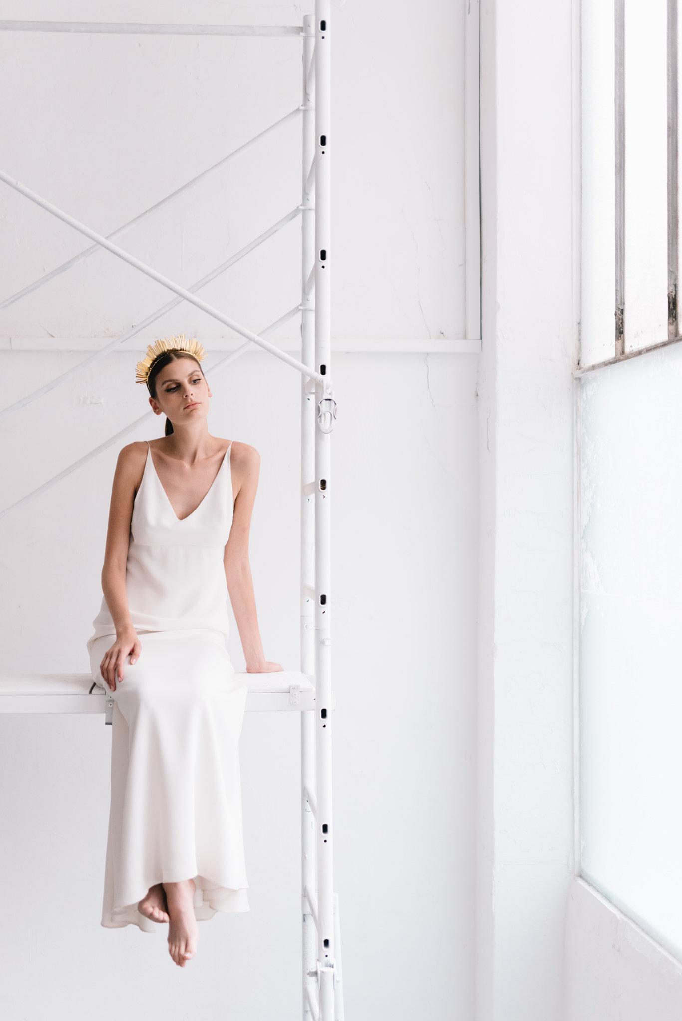 parisian-inspired-blog-mariagemaisonsabben-accessoires-mariee-icone-couronne-1.jpg