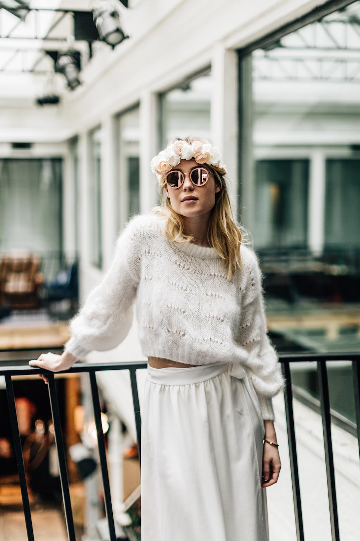 parisian-inspired-blog-mariagepierreatelier-photographe-paris-robe-mariage-camille-marguet-creatrice-Cassandre-scarlett3.jpg