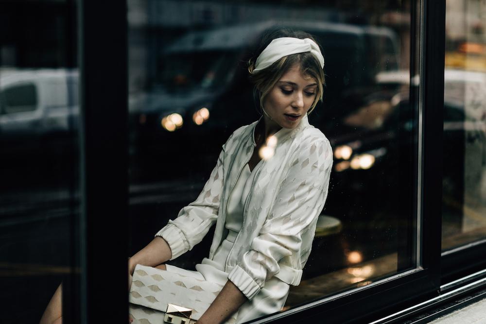 parisian-inspired-blog-mariagepierreatelier-photographe-paris-robe-mariage-camille-marguet-creatrice-Colin-Billy-graphique2.jpg
