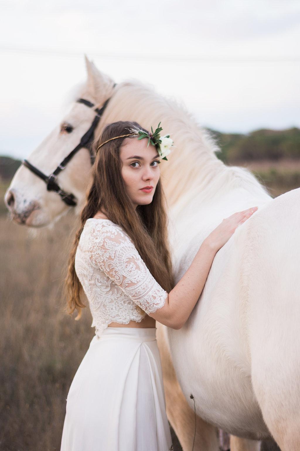 parisian-inspired-blog-mariageGaetan_Jargot_Atelier_Prairie_Inspiration_Boheme-99.jpg