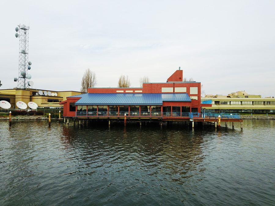 Eves_Waterfront.jpg