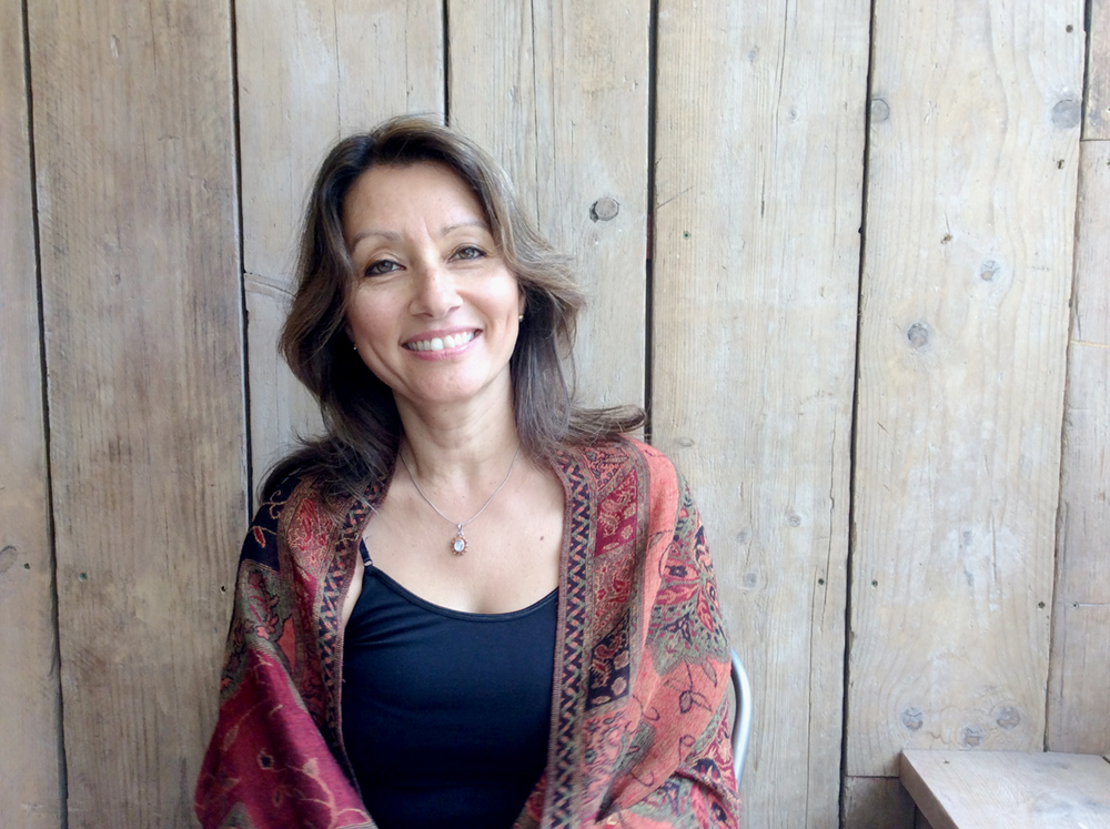 Suzy Pool, an experienced yoga teacher, mindfulness guide & work-life balance coach based in Buckinghamshire, UK